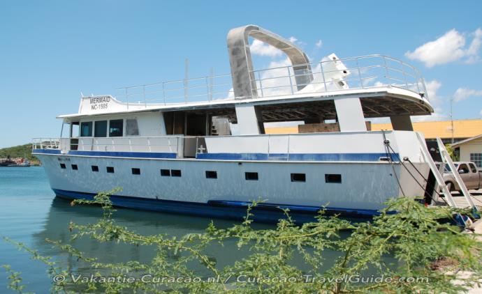 Droogdok en scheepswerf: bouw schip Mermaid Boat Trips