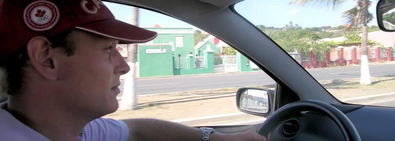 Een wegenkaart en routebeschrijvingen van Curacao