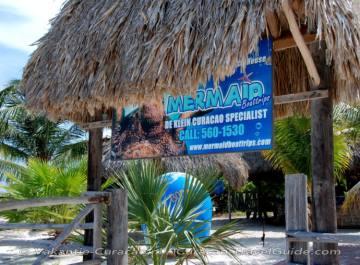 Strandhut van Mermaid Boat Trips
