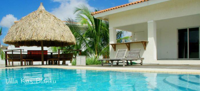 Zwembad Villa Kas Blanku