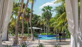 4 Stars hotel - Floris Suite Hotel