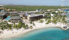 4 Stars hotel - Lions Dive & Beach Resort